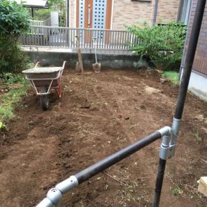 雑草の暴走に歯止め 庭にコンクリートを 打設する 千葉県 印西市