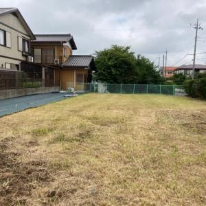 千葉県 我孫子市 晴れ時々雨の中 防草シートザバーン