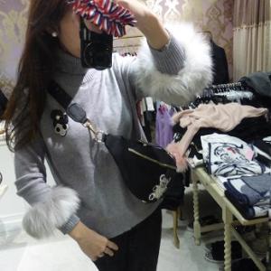Lovely・フワフワトップス・セーター