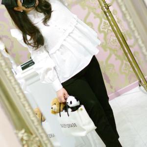 Lovely フロントパールボタン フリルシャツ・ホワイト