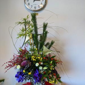クリニックさんお正月の花