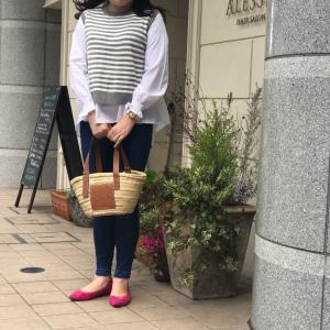 韓国ファッションコーデ♡ニットベスト付ブラウス