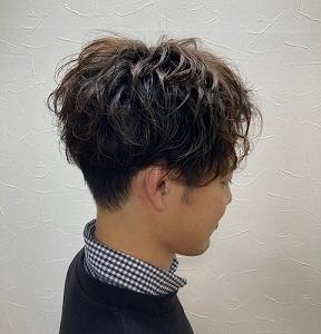 直毛で悩まれてる方パーマスタイルしてみませんか?