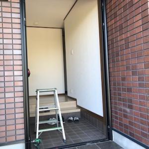 玄関扉のリフォームは1日で完工できます。