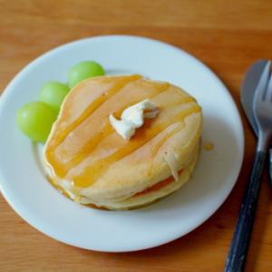 休日の朝のパンケーキ