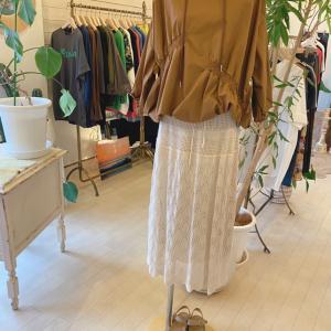 私が個人的に大好きでコレクションしてしまうクロシェスカート