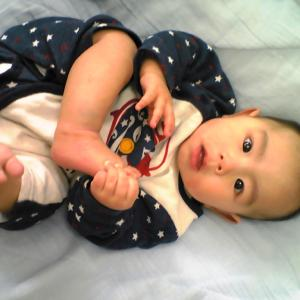 小さい赤ちゃんの不安、体重が増えないと悩んでいるママへ