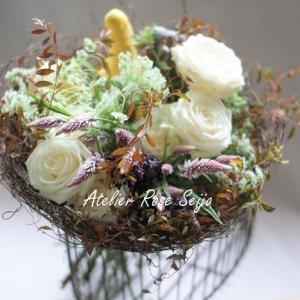 フレッシュフラワー・フレンチスタイルは・・ハロウィンの花束!