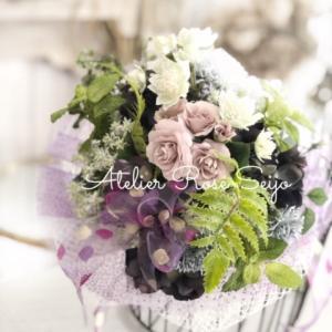 いろんな飾り方が楽しめるアーティフィシャルフラワーの花束!
