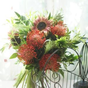 ピンクションで南国風の花束をお楽しみ頂きました~!