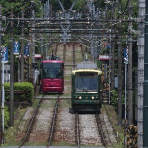 坂を登る電車と下る電車 - 2020年・東京都電 -