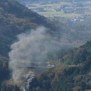 黒い機関車から黒煙立ち上る - 2020年晩秋・山口線 -