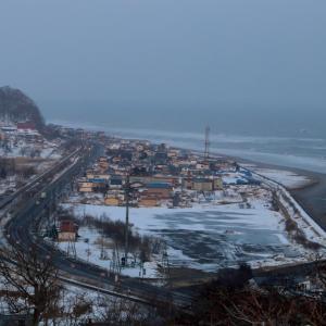 冬の夕暮れの太平洋 - 2021年冬・根室本線 -