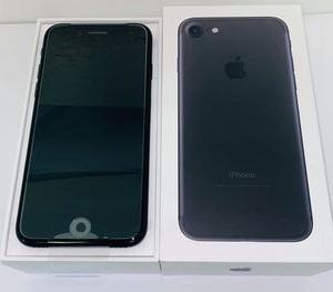 新品未使用☆SIMフリー UQモバイル iPhone7 128GB★MNCK2J/A☆ブラック★買取りました♪