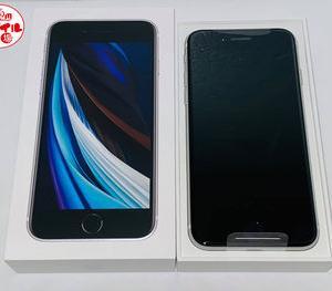 モバイル市場☆SIMフリー 新品 docomo iPhoneSE 2(第2世代)64GB★〇判定☆買取りました♪