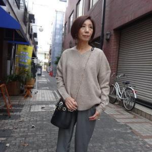 【明るい新色入荷です】PASSIONEパシオーネ☆ヤクVネックニット☆