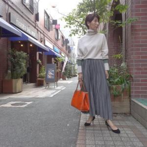 【着用写真を追加しました】Lalia Muラリアムー・お袖配色タートルニット