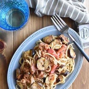 レシピブログでの連載更新しました♪パスタに絡んだソースが最高!「なすとツナのトマトチーズパスタ」