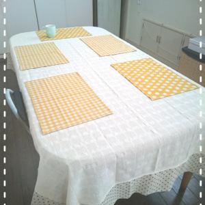 テーブルクロス&ランチョンマット。。。