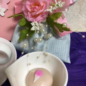 桜のお菓子でティータイム