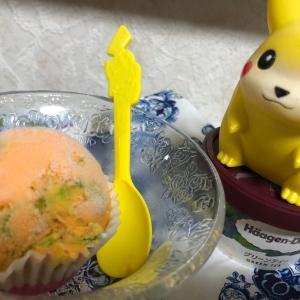 今日のデザートはアイスクリーム2種