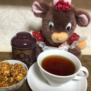 生キャラメルポップコーンと奈良ホテル紅茶