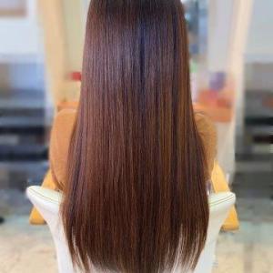 髪の広がり・うねりが気になる梅雨に☆選べるストレートパーマ