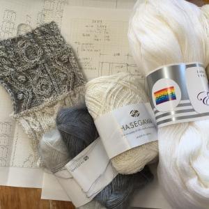 編み込み模様のセーターと同時進行