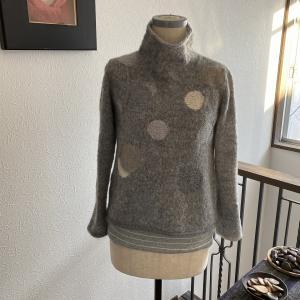 ドット模様 セーター完成