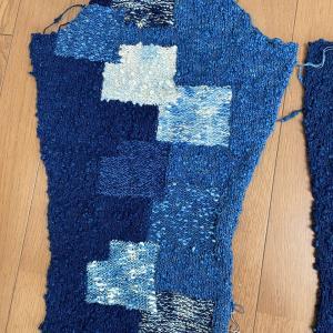 藍染のカーデイコート 袖完成
