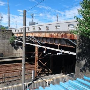 桜橋の架け替え工事が始まるようです。