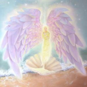 【ご案内】優しくてやわらかなピュアな天使の愛の波動と美しい香りのエッセンススプレーを数量限定で☆