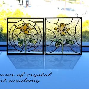 ●2月23日 業務日誌 ステンドグラスに見えるけどガラスではありません!! 聖花ステンドグラス