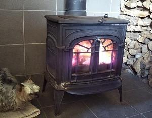薪ストーブ焚いた初日 着々と冬の準備