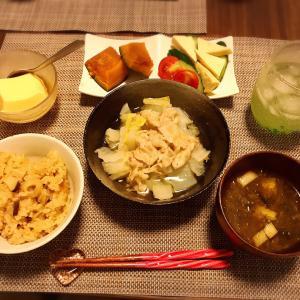 きのこの炊き込みご飯と豚バラ白菜