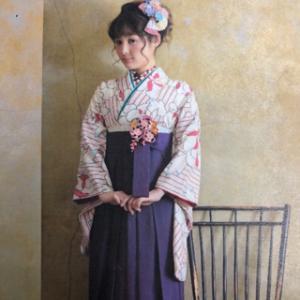 はかまカタログ パープルに大きな花柄の着物 & 紫はかま
