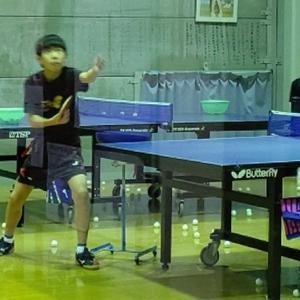 卓球でサービスは一球目攻撃(^_^)v