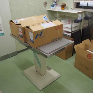 集合注射の器材を配りました