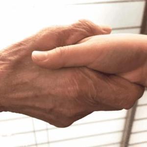 ■ 80歳の状態で生まれたら、あなたの人生はどうなる?