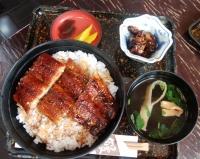 大観亭支店 栄町本店の「うな丼」と「肝焼き」