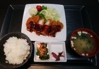 ぎゅーとらTRY mart.津新町店のロースカツ定食