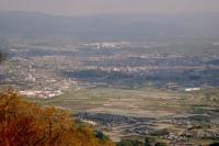 高旗山から望む上野盆地の遠景