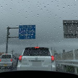 雨で渋滞・・・