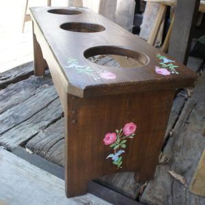 一枚板のベンチ、ワンちゃんのご飯台