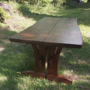 松のテーブル・ベンチ