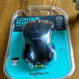 マウスは同じモノじゃないと嫌なので、Logitech M510