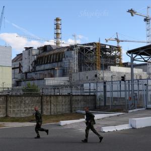 四号炉前、未完成五号炉、退廃の町、巨大ナマズ - チェルノブイリツアー
