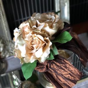 NEW!ショップにアップしました 0917-1♡ミルクティー色のバラのミニブーケ♡