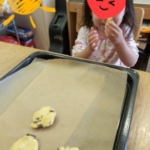 今日はチョコチップクッキー(^^♪