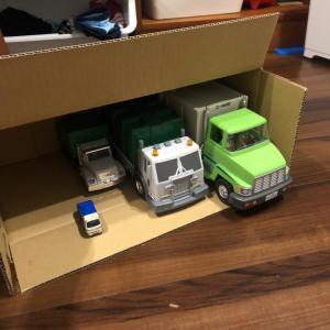 3歳10ヵ月 ぼくね、気づいたの。ゴミとゴミ収集車